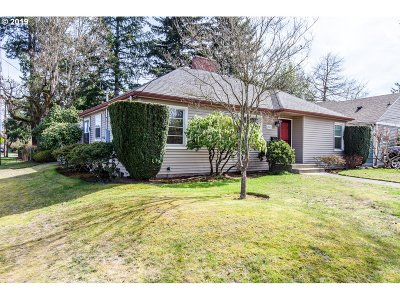 Portland Single Family Home For Sale: 4846 NE 38th Ave