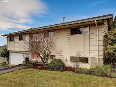 Single Family Home For Sale: 3130 NE 142nd Ave