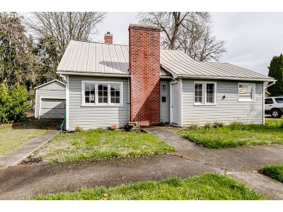 Junction City Single Family Home For Sale: 350 Laurel St