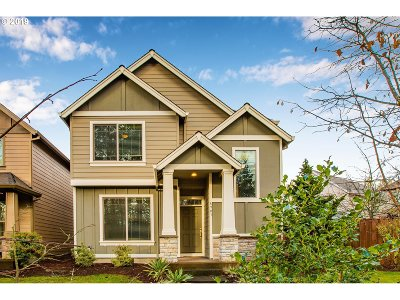 Portland Single Family Home For Sale: 8903 SW Nordic Dr