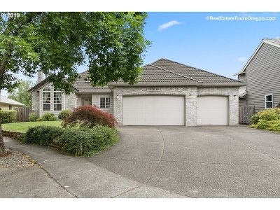 Beaverton Single Family Home For Sale: 280 NW Pacific Grove Dr
