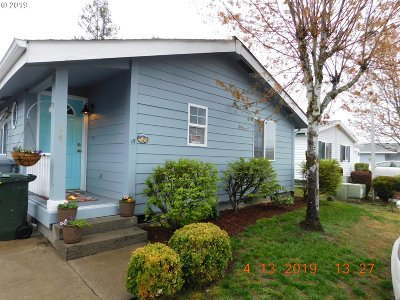 Canby Single Family Home For Sale: 1111 SE 3rd Ave #34