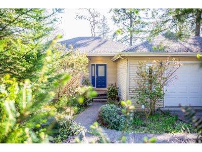 Eugene Single Family Home For Sale: 115 Marlboro Ln