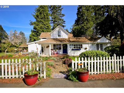 Single Family Home For Sale: 1200 N River Rd