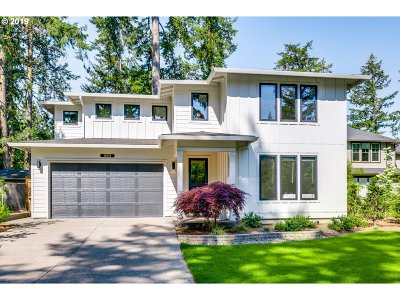 Lake Oswego OR Single Family Home For Sale: $979,900