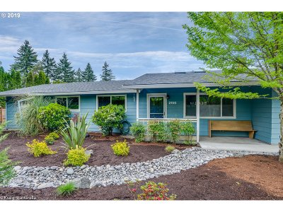 Beaverton Single Family Home For Sale: 2150 SW Ecole Ave