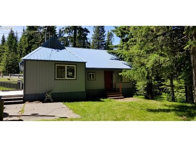 Umatilla County Single Family Home For Sale: 60691 Hwy 204
