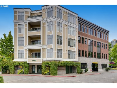 Portland Condo/Townhouse For Sale: 1730 SW Harbor Way #302