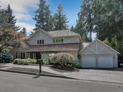 Lake Oswego Single Family Home For Sale: 5 Scarborough Dr
