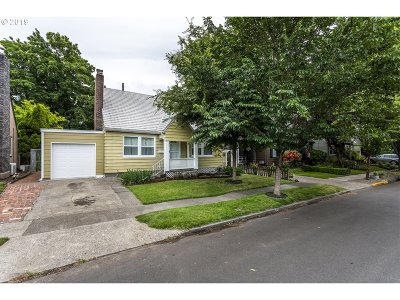 Single Family Home For Sale: 6726 SE 22nd Ave