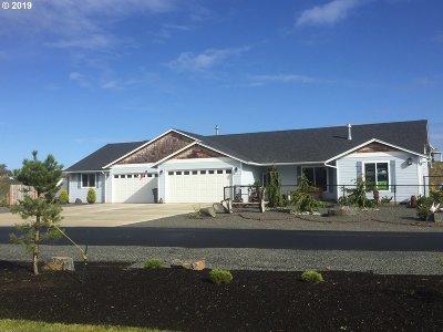 Warrenton Single Family Home For Sale: 33378 Dorymen Ln