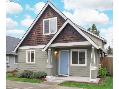 Newberg Single Family Home For Sale: 601 W 1st St #17