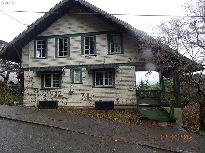 Coos Bay Single Family Home For Sale: 810 N 2nd