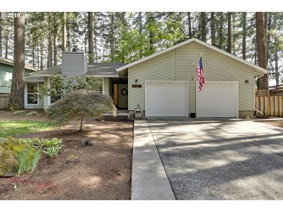 Oregon City Single Family Home For Sale: 15130 S Greentree Dr