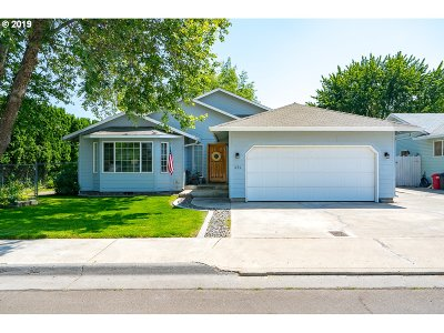 Hermiston Single Family Home For Sale: 1030 SW 8th St