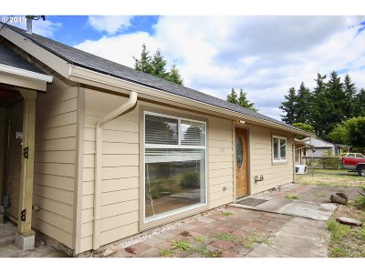 Single Family Home For Sale: 320 NE 117th Ave