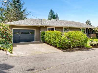 Single Family Home For Sale: 3232 SW Seymour Ct