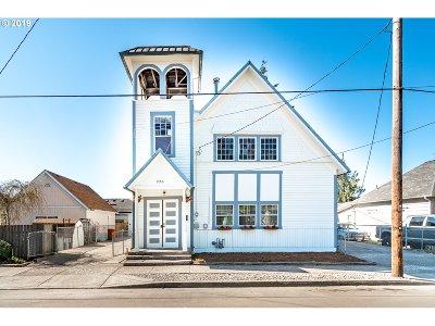 Sheridan Single Family Home For Sale: 220 SW Monroe St