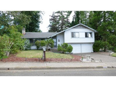 Eugene Single Family Home For Sale: 2237 Brittany St