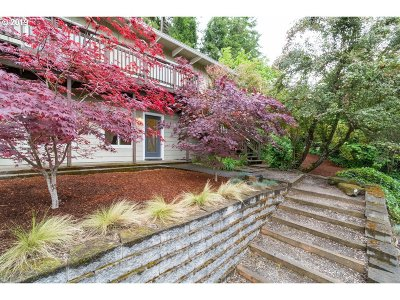 Eugene Single Family Home For Sale: 2705 Spring Blvd