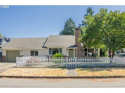 Newberg, Dundee, Lafayette Single Family Home For Sale: 712 E 5th St