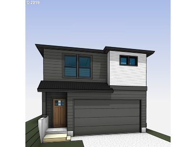 Happy Valley, Clackamas Single Family Home For Sale: 16521 SE Woodview Ln