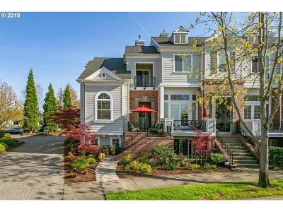 Hillsboro Single Family Home For Sale: 1550 NE Ashberry Dr