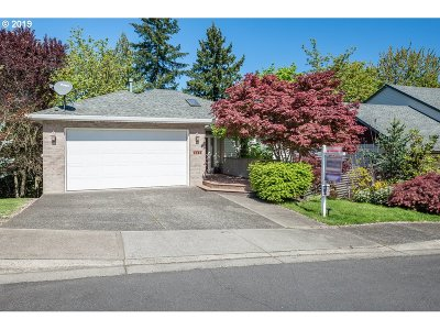 Beaverton Single Family Home For Sale: 7765 SW Carrollon Dr