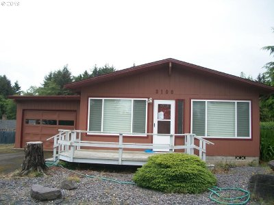 Lincoln City Single Family Home For Sale: 3100 NE 31st Ct