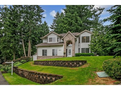 Wilsonville Single Family Home For Sale: 8650 SW Rogue Ln