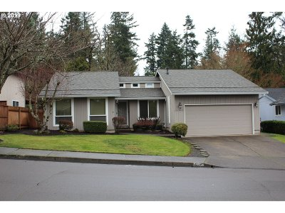 Tigard Single Family Home For Sale: 16360 SW Woodcrest Ave