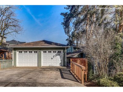Single Family Home For Sale: 2679 Gloria Dr