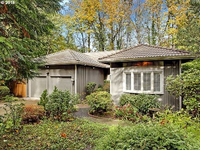 Single Family Home For Sale: 604 SW Arboretum Cir
