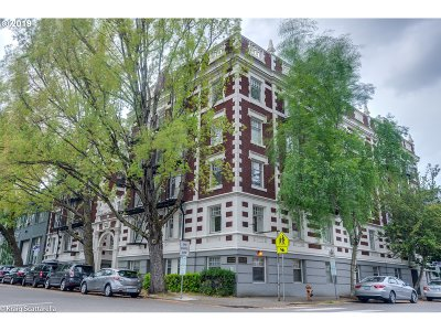 Portland Condo/Townhouse For Sale: 1811 NW Couch St #204