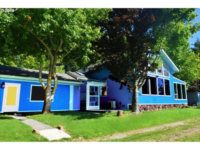 Port Orford Single Family Home For Sale: 43425 Elk Hill Rd