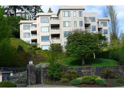 Portland Condo/Townhouse For Sale: 740 NW Westover Sq