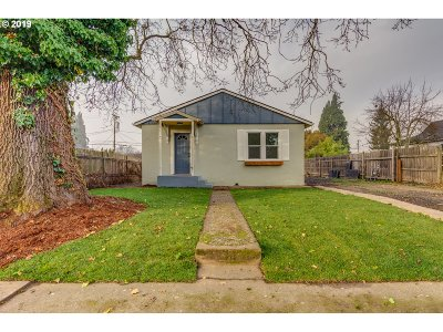Vancouver Single Family Home For Sale: 2214 Simpson Ave