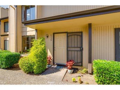 Salem Condo/Townhouse For Sale: 6339 Fairway Ave