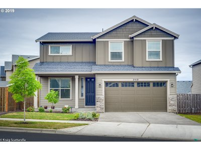 Forest Grove Single Family Home For Sale: 2510 Sweetwood Ct