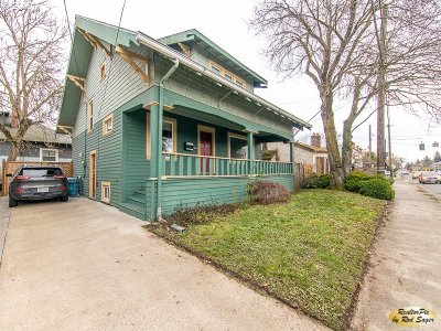 Portland Single Family Home For Sale: 2014 SE Cesar E Chavez Blvd