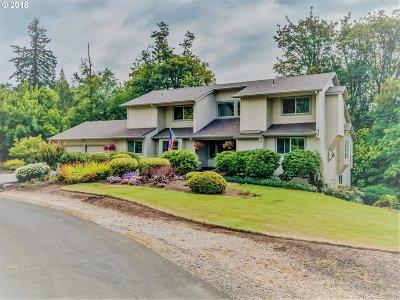 Aurora Single Family Home For Sale: 13016 Mapleleaf Ct