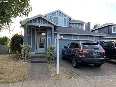 Clackamas OR Single Family Home For Sale: $350,000
