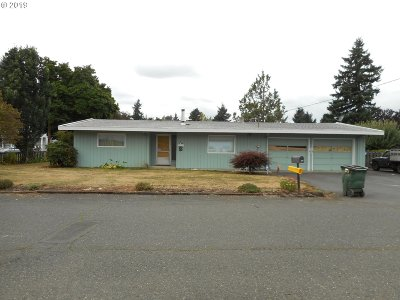 Portland Single Family Home For Sale: 3311 SE 141st Ave