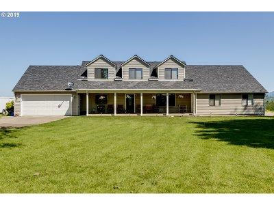 Eugene Single Family Home For Sale: 32659 Macy St