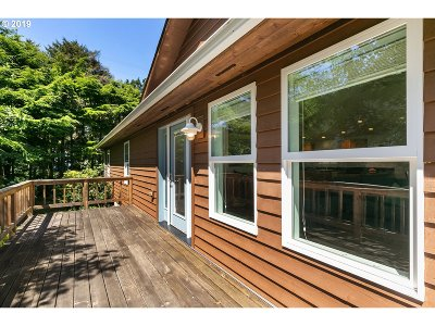 Arch Cape, Cove Beach Single Family Home For Sale: 32067 Hemlock Ln