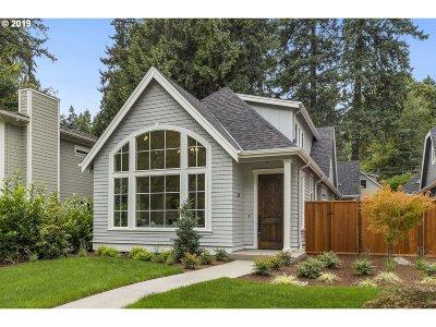 Lake Oswego Single Family Home For Sale: 362 9th St