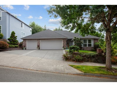 West Linn Single Family Home For Sale: 3821 Wild Rose Dr