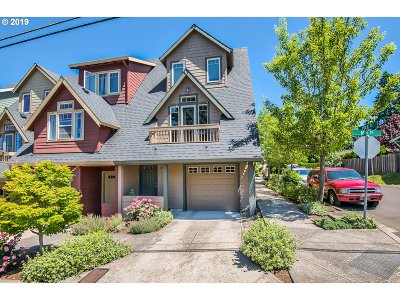 Oregon City Condo/Townhouse For Sale: 1427 16th St
