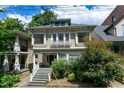 Portland Multi Family Home Pending: 26 NW 22nd Pl