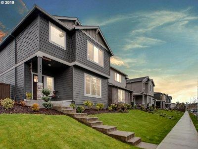 Hillsboro Single Family Home For Sale: 3744 SE Willamette Ave